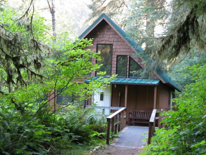 yamhill-cabin